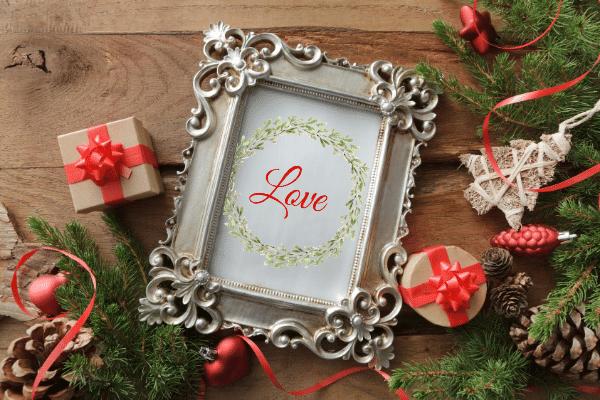 love printable wreath